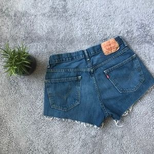Vintage Levi's 550 Mom Jeans Cut Off High Waisted